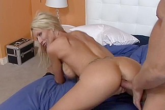 Emma Starr & Alec Knight in My Friend's Hot Mom