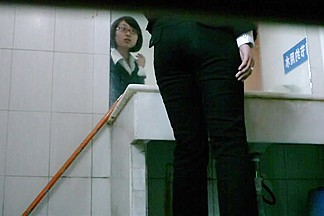 Redhead Japanese girl makes a quick piss on hidden cam