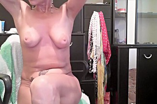 cassie_emma secret clip on 07/15/15 17:40 from Chaturbate