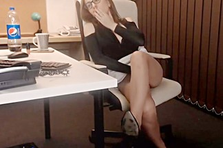 Webcam lady classyfetishrelax office edition