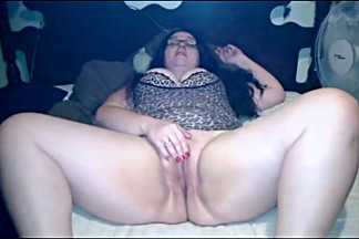 Cheating wife rides guy for creampie