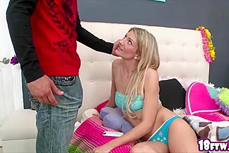 Blonde sexy Amanda Tate totally seduces her older sisters boyfriend