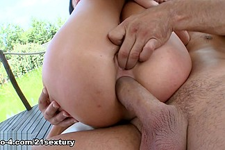 Sofia Like & Renato in Tropical Heat Down Below - 21Sextury