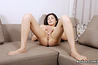 Isha in Real Orgasm - Anilos