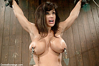 Lisa Ann in Lisa AnnShe played Sarah Palin for porn, lets just see how rogue she really is - DeviceBondage