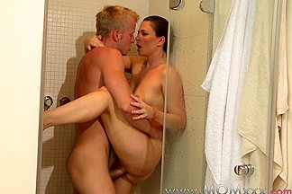 Mom xxx: Shower sex for MILF with young lover
