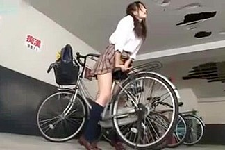 guy find a horny girl Japanese masturbate with Her Bicycle