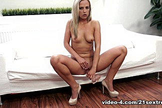 Crazy pornstar Vinna Reed in Fabulous Dildos/Toys, Solo Girl adult clip