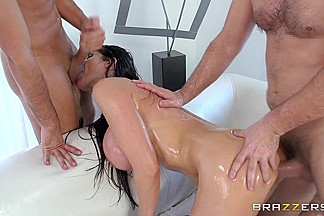 Big Wet Butts: Double Penetrating Belgian Booty. Eva Karera, Keiran Lee, Manuel Ferrara