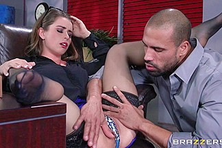 Dirty Masseur: Corporate Rubdown. Bunny Freedom, Karlo Karerra