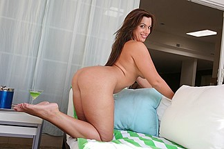 Vanessa Lee in Curvy Latina - CougarSeason