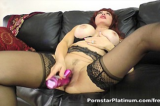 Sexy Vanessa in Hot Pink Toy Play