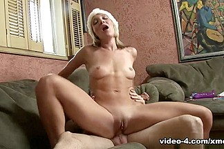 XMovieZone Video: Amy Brooke