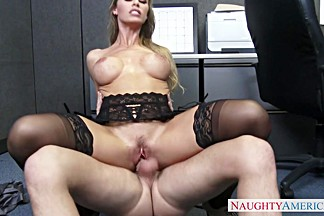 Nicole Aniston & Seth Gamble in Naughty Office