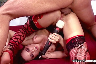 PimpPassport Video: Dana Dearmond & Tory Lane