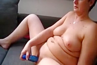 Chubby mature anna with big toy