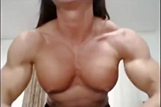 Hot muscle girl shows off 01