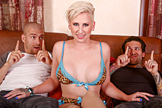 Dylan Phoenix & Small Hands & Xander Corvus in Double Teaming My Stepsister Dylan Phoenix - BurningAngel
