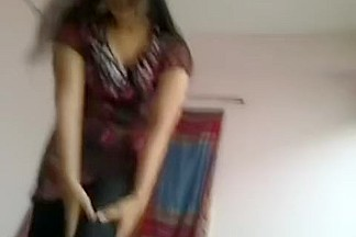 Amateur Indian pussy gets slammed hard at home