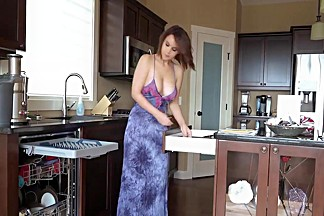 Gorgeous wife suck and fuck