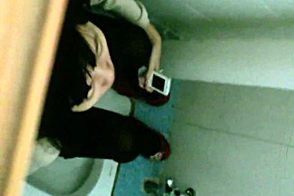 Real public toilet videos of hot girls urinating.