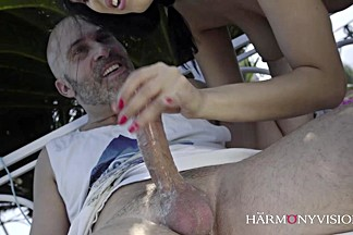 HARMONY VISION Kira Queen tricks the gardener