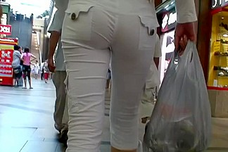 In a Mall you can always find some tight asses