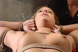 Hollie Stevens in Waterbondage Video