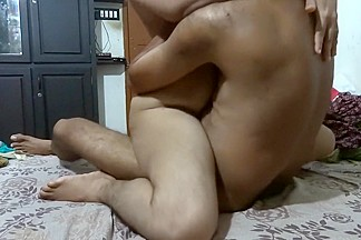 Indian housewife groans during the time that fucking