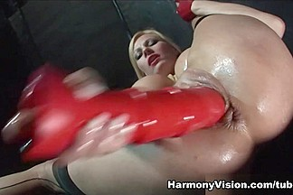 Jasmine Webb & Lolly Badcock & Michelle Thorne in Twisted Fuck - HarmonyVision