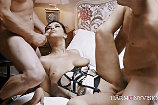Gorgeous Kira Queen Uses Two Men For Pleasure