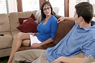 Beautiful mom with very nice body & guy