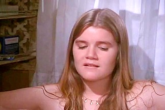 Mare Winningham,Joan Hackett in One Trick Pony (1980)