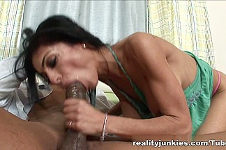 Mom's Cuckold, RealityJunkies #04